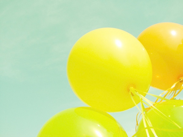 Mint & Yellow Ballons