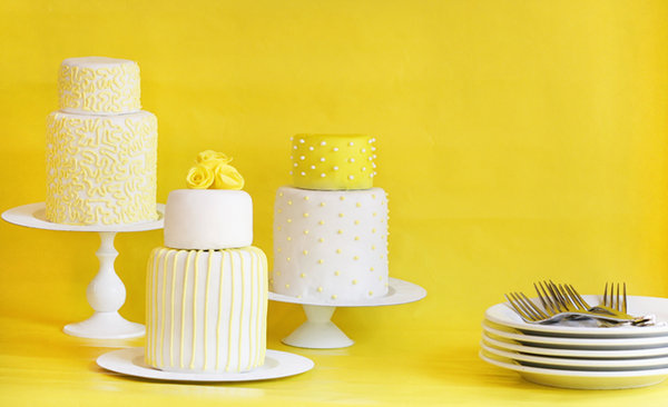 mini cake yellow